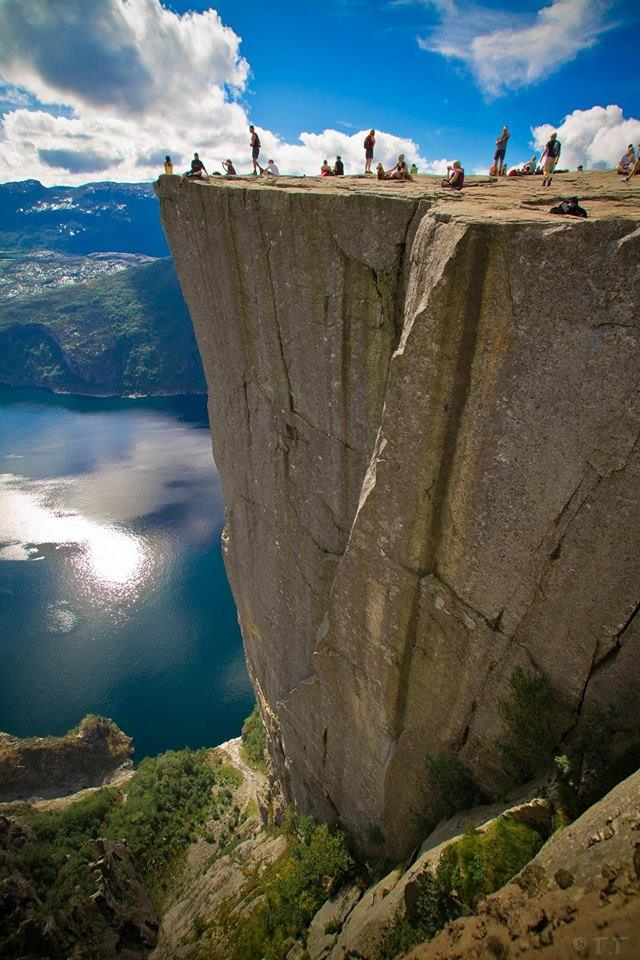 However The Height Of 604 Meters Above Town Lysefjorden Can Be Dangerous For Some And A Plete Thrill Base Jumpers From All Over World