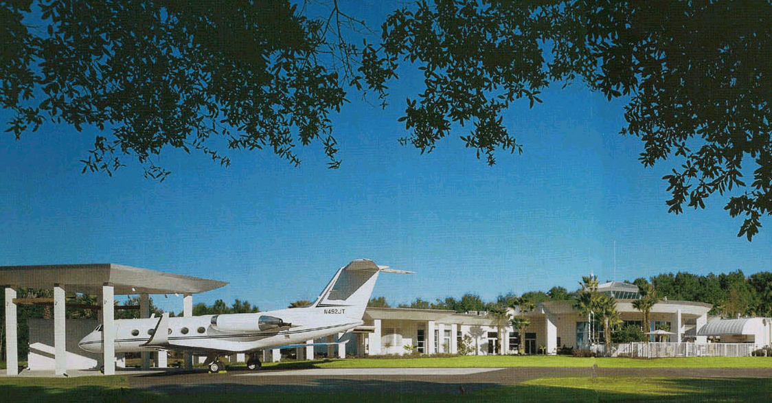 Famous Actor Has A House With A Private Airport. This Property Is Amazing,  Check Out These Images And Enjoyu2026